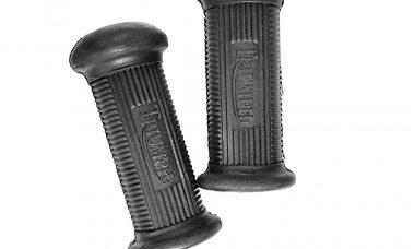 Triumph 2 x Front Footrest Rubbers